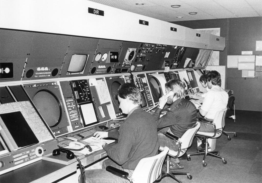 Nya kontroll-centralen med StanSAAB radarskärmar