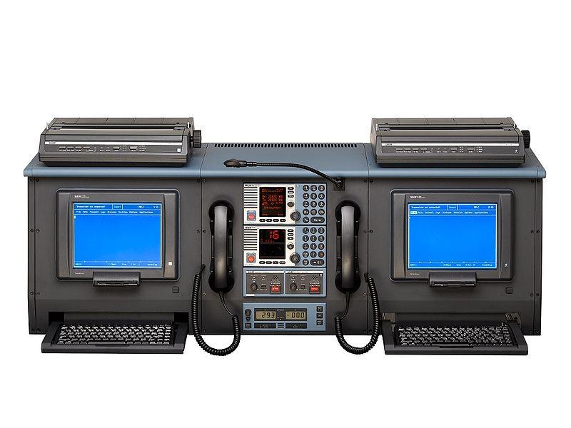 800px-SAILOR_GMDSS_A3-sid11
