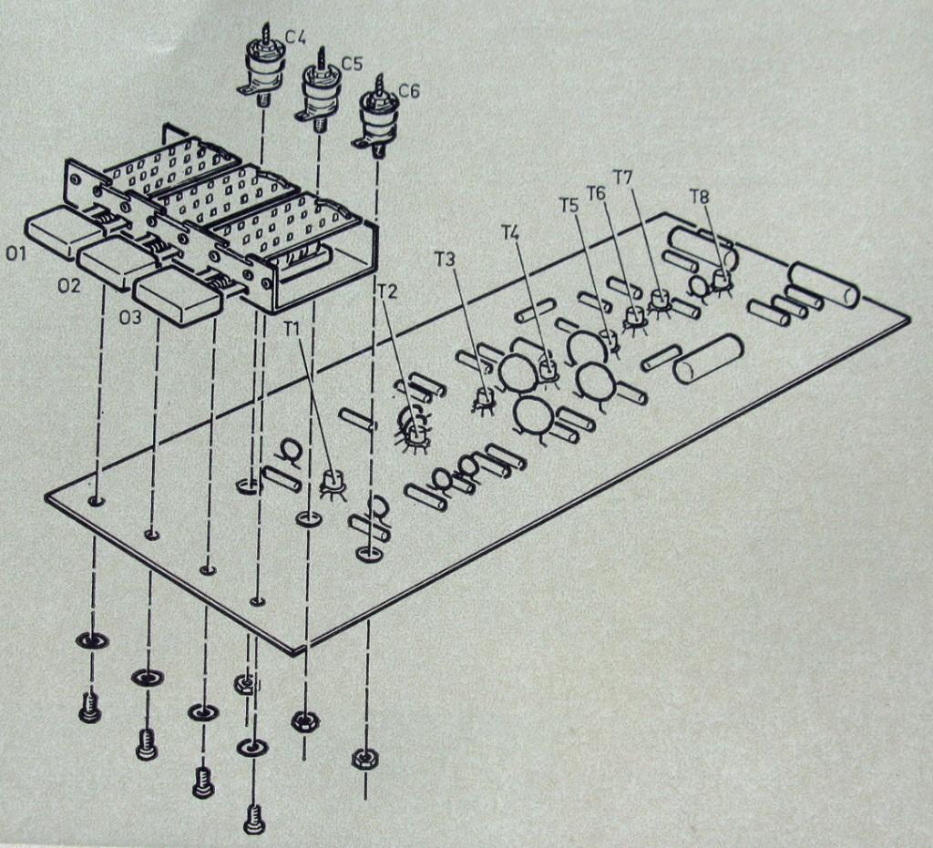 montering av tryckknappsomkopplare och trimkondensatorer-mb1e